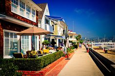 Nice colors...Balboa Island CA