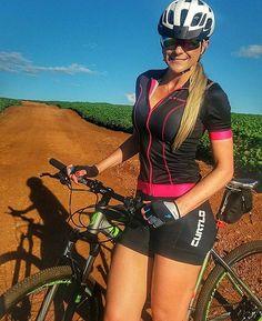 Giro de Domingo (Espigão Azul) #borapedalar #bikesgirls #voudeoggi #pedalextremo #clicknabike #mtbqueens @bikesgirls @venusbikes