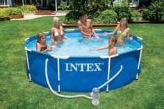 lekker afkoelen op een warme zomerse dag doe je met die zwembad met een diameter van 305cm! Makkelijk op te zetten en te onderhouden en zo ook voor de ouders ook een echte aanwinst voor de tuin!