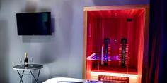 Privátní vířivka a infrasauna pro dva na 1–2 h | Slevomat.cz Luxury Spa, Flat Screen, Relax, Blood Plasma, Flatscreen, Dish Display