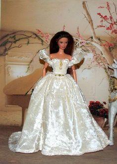 Pretty velvet wedding gown.