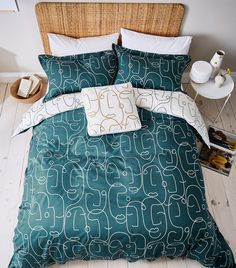 Scion has launched a Picasso inspired design with a contemporary modern vibe to the bedroom. Available in single, double, king and super king-sized sets, the duvet's continuously drawn fine line reveals an abstract portrait across a contemporary Teal blue colourway. Abstract Portrait, Teal Blue, Picasso, Modern Contemporary, Duvet, Pillow Cases, Design Inspiration, Blanket, Bedroom