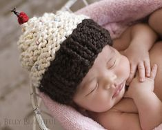 Ravelry: Momma's Cupcake pattern by Melody Rogers