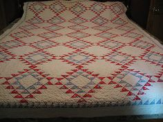 Vintage 1930 1940's Pineapple Design Hand Stitched 2 Print Red Blue Quilt | eBay, ruthsmailinghouse