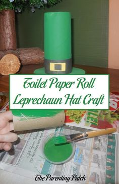 How to make a simple leprechaun hat craft for St. Patrick's Day with an upcycled toilet paper roll, green paint, and construction paper. via @ParentingPatch