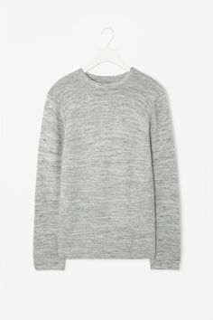 Structured knit jumper http://www.cosstores.com/at/Shop/Men/Knitwear/Structured_knit_jumper/46907-11963632.1#c-22755