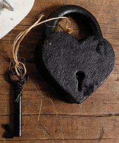 Cast Iron  Heart Lock and Key - Black