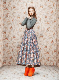 Dresses for a modern fairytale - Fashionising.com - Loving the skirt so much!