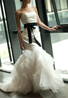 Gepgerous Satin Bodice Organza Trumpet Wedding Dress