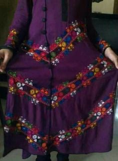 Hand Embroidery Designs, Traditional Dresses, Hijab Fashion, Pakistani, Trousers, Dresses With Sleeves, Suit, Children, Stuff To Buy