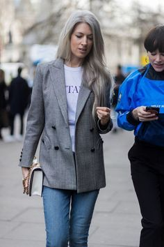 Street Style : london-fashion-week-street-style-fall-winter-2017