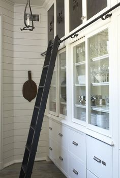 Pantry Storage - using a library ladder to access stored seldom-used items in the pantry - via My Design Chic Kitchen Organization Pantry, Kitchen Pantry, New Kitchen, Pantry Storage, Kitchen Items, Kitchen Storage, Pantry Ideas, Dish Storage, Kitchen White