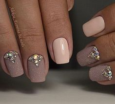 Here are some hot nail art designs that you will definitely love and you can make your own. You'll be in love with your nails on a daily basis. Fabulous Nails, Gorgeous Nails, Pretty Nails, Nails Beige, Nude Nails, Pink Nail, Pastel Nail, Nagel Stamping, Crystal Nails