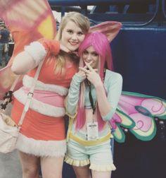 Lovix Stella and Believix Roxy cosplays from Winx Club! (Comicpalooza 2015)