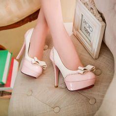 Chaussures à talon, couleurs Crème et Rose, avec petit Nœud Papillon