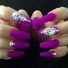 Swarovski fan and round flatback.  Available on oceannailsupply.com.  from @chaunpnails Another look at