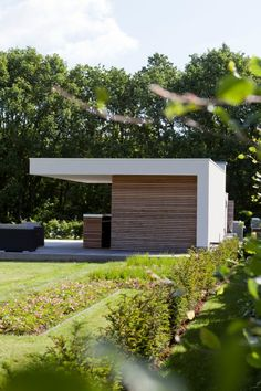 moderne bar + oversteek + hout + crepy Bbq Shed, Pool Cabana, Modern Pools, Garden Studio, Garden Buildings, Exterior, Pool Houses, Garden Inspiration, Backyard Landscaping