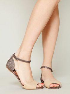 sandale femme sans talons plate en beige et prune partie en paillettes