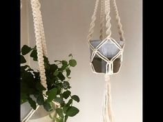 One of the easiest Macrame projects to get started with is a plant hanger. Decorate your house on a budget with 16 easy DIY Macrame plant hangers for beginners! Macrame Plant Hanger Patterns, Macrame Plant Holder, Macrame Plant Hangers, Macrame Patterns, Macrame Curtain, Tutorial Diy, Macrame Tutorial, Bracelet Tutorial, Macrame Projects
