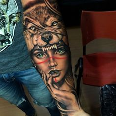 48 photos of tattoos for men who want to put the skin your own style: a lot of inspiration for those who are in search of your tattoo! Forearm Band Tattoos, Forarm Tattoos, Tatoos, Wolf Girl Tattoos, Indian Girl Tattoos, Badass Tattoos, Cool Tattoos, Tattoos For Women, Tattoos For Guys