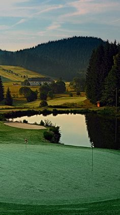 In Austria you can enjoy lots of precious golf courses, for example in Oberneukirchen, Upper Austria. #feelaustria