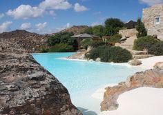 Beautiful Luxury Accommodation in Greece and the Greek Islands. //Comfort, Decor, Style, Architecture, Garden, Swimming, Pool, Beach, House, Summer, Veranda// #FiveStarGreece #LuxuryVillas #HolidayMatchmakers