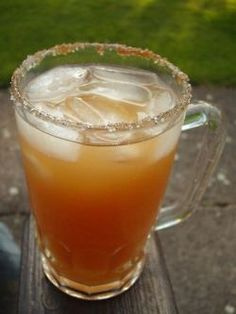 Recipes for Mexican Tepache (Alcoholic Pineapple Juice) and PineappleVinegar