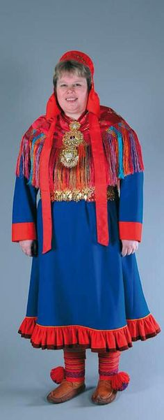 Hello all, Today I will do an overview of the costumes of the Saami people. Previously they were called Lapps, but this is not wh. Queer Fashion, Dark Fashion, Costumes Around The World, Lappland, Ethnic Outfits, Doll Costume, Thrift Fashion, Clothes Horse, Alternative Fashion