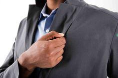 ラペル左の裏側にジッパー付隠しポケット。 The Smoke, Pocket Detail, Then And Now, Suit Jacket, Blazer, Suits, Designers, Jackets, Collection