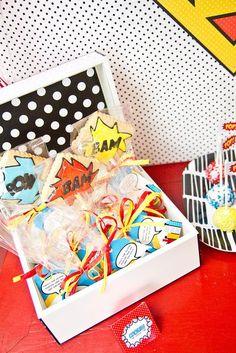 Superhero favours - cookies in bags