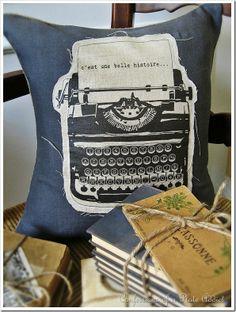 DIY Vintage French Typewriter Pillow ~tutorial {free iron-on transfer}