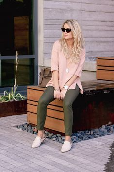 NEW YEAR. NEW ADVENTURES. NEW ARRIVALS WITH BANANA REPUBLIC | Every Once in a Style | Blush Pink Top//Sweatshirt//Sweater//Long Sleeve//Army Green Leggings//Olive Pants//Loafers//Watch//Oval Necklace//Sunglasses//Spring Fashion//Spring Outfit