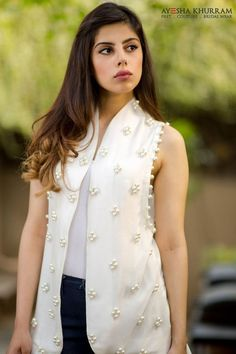 These Ayesha Khurram Summer Collection 2016 all here to give this dynamic aspect short length kurtas and shirts! Pakistani Dress Design, Pakistani Dresses, Indian Dresses, Indian Outfits, Casual Dresses, Short Dresses, Fashion Dresses, Summer Dresses, Fes