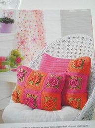crochet cat pillows free patterns | Bee-u-ti-ful pillows!