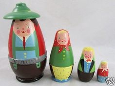 Vintage-Poland-Nesting-Doll-4-Family-Set-Turned-Wood-Hand-Painted