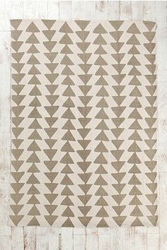 Magical Thinking Triangle Chain Rug from Urban Outfitters. see also Herringbone Rug and Zigzag Rug