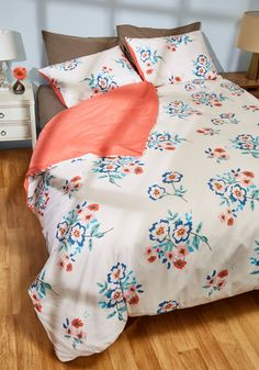 A Sight for Shuteye Duvet Cover Set in Full/Queen. Waking in the morning, the first thing you see is this beautiful, blush pink duvet cover and its matching pair of pillow shams. #white #modcloth