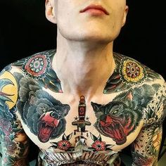 Shoulder Tattoo by Jesper Jørgensen #flower #bear #wolf #traditional #traditionaltattoo #oldschool #oldschooltattoo #darkart #darktraditional #JesperJorgensen