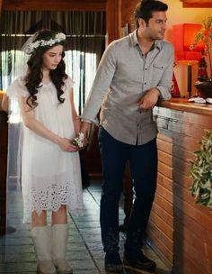 Ayaz - Oyku, Kiraz Mevsimi..... i love her wedding dress, her boot, flower.... so sweet