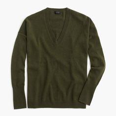 Women's V-Neck Boyfriend Sweater In Everyday Cashmere   J.Crew