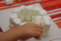 igloo craft – perfect for our winter theme month of preschool