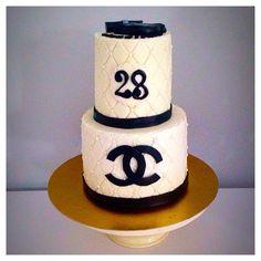 Cake Chanel   Page Facebook nouraz cake Facebook nouraz sayoun Instagram @nourazcake