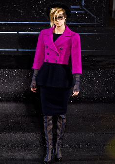 Chanel Fall 2011 Couture - Review - Fashion Week - Runway, Fashion Shows and Collections - Vogue