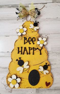 Virtual Paint Party~ Beehive Door Hanger Kit – Crafting with Kimber Bee Crafts, Wood Crafts, Diy And Crafts, Bee Party, Bee Theme, Paint Party, Summer Crafts, Craft Projects, Crafty