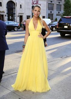 Blake Lively arriving at the 'Savages' screening in New York City, New York on June 27, 2012.
