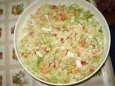 Čínské zelí rozebereme na listy, umyjeme, nakrájíme na proužky - z vrchních listů tuhou dužinu vykrájíme. Přidáme nadrobno nakrájenou okurku,... Guacamole, Potato Salad, Salads, Low Carb, Potatoes, Ethnic Recipes, Potato, Salad, Chopped Salads