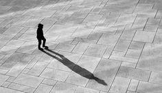 Impenetrable Silhouettes Photographed in Oslo – Fubiz Media
