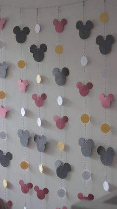 Black Mickey Mouse Birthday Table 25 Ideas Best Picture For decoration table food For Y Festa Mickey Baby, Theme Mickey, Mickey Party, Minnie Mouse Party, Mickey Mouse Crafts, Minnie Mouse Birthday Decorations, Mickey Mouse Games, Mickey Head, Mickey First Birthday