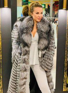 Faux Coat, Fox Fur Coat, Faux Fur, Fur Fashion, Womens Fashion, Fabulous Fox, Sexy Women, Women Wear, Winter Fur Coats
