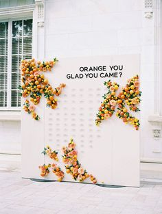 Perfete Trend: Citrus Party Decor Ideas for your Summer Soiree – Perfete Sommerhochzeit Sitzplan Seating Chart Wedding, Seating Charts, Photowall Ideas, Orange You Glad, Orange Wedding, Wedding Signage, Wedding Reception, Reception Ideas, Unique Weddings